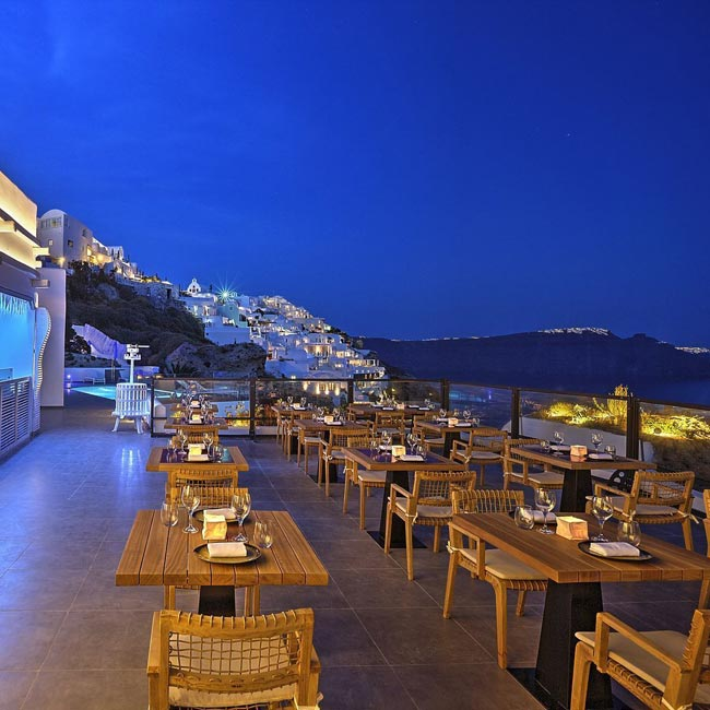 Black Rock Restaurant, Santorini Secret Suites & Spa - Travelive Blog