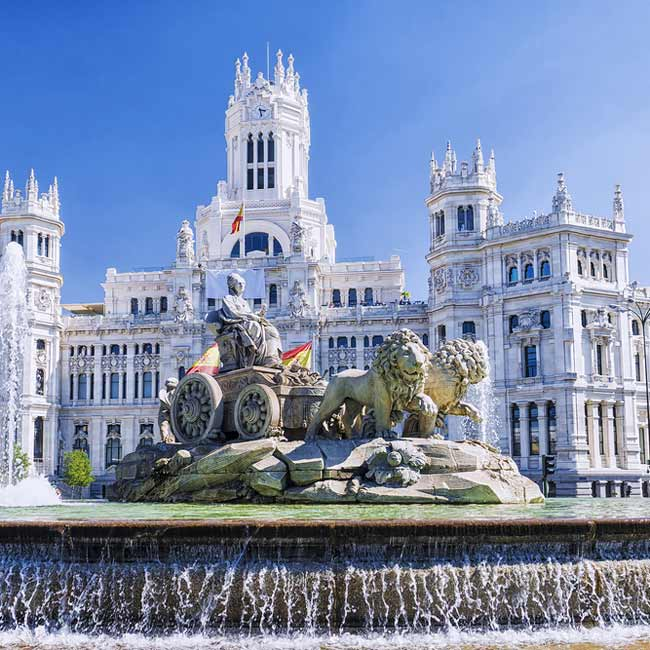 Cibeles Fountain in Madrid - Travelive Blog