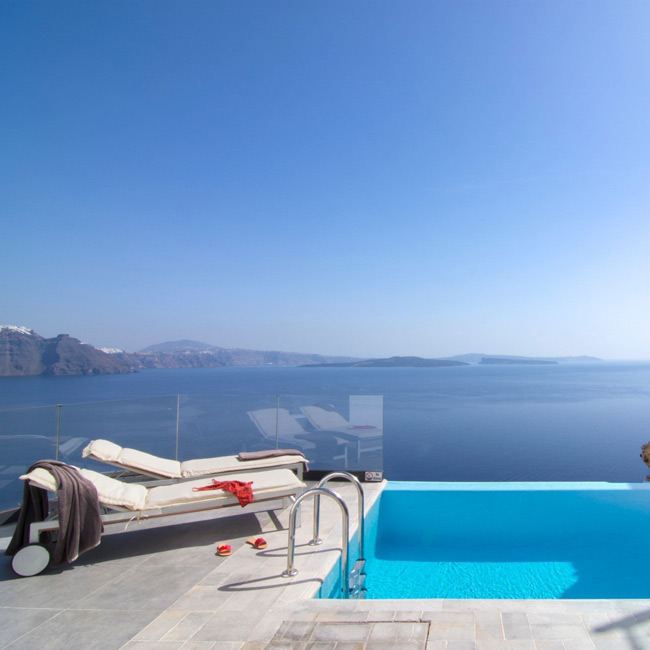 Infinity Suite Pool Santorini Secret - Travelive Blog