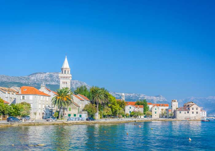 Wine tasting in Kastela – Honeymoon packages by Travelive