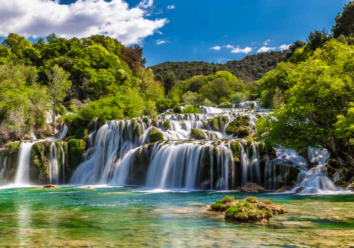 Krka National Park waterfall – Romantic honeymoon in Croatia, Travelive