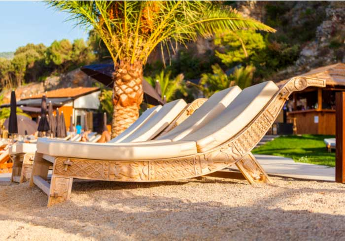 Beach club in Dubrovnik – Romantic honeymoon package created by Travelive
