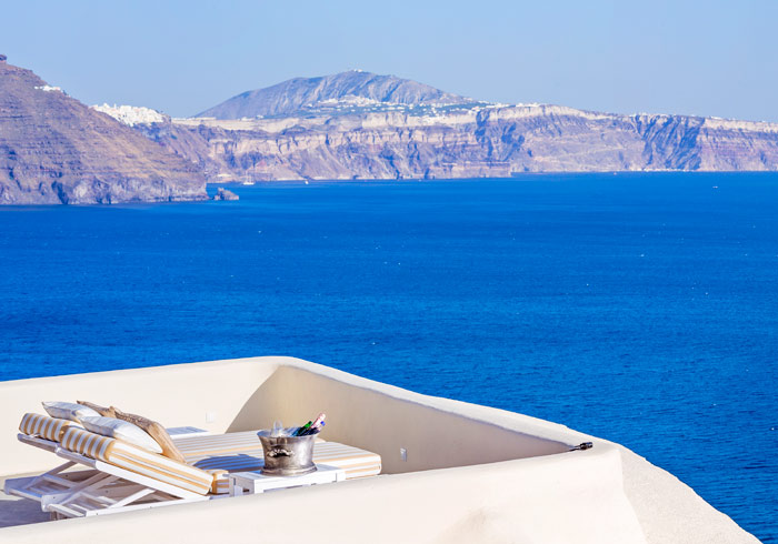 Canaves Suites – Santorini Honeymoon, Hellenic Beauty package, Travelive