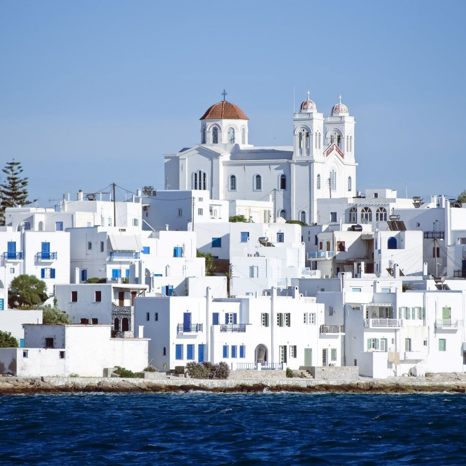 Paros Island, luxury travel with Travelive, top destinations in Greece