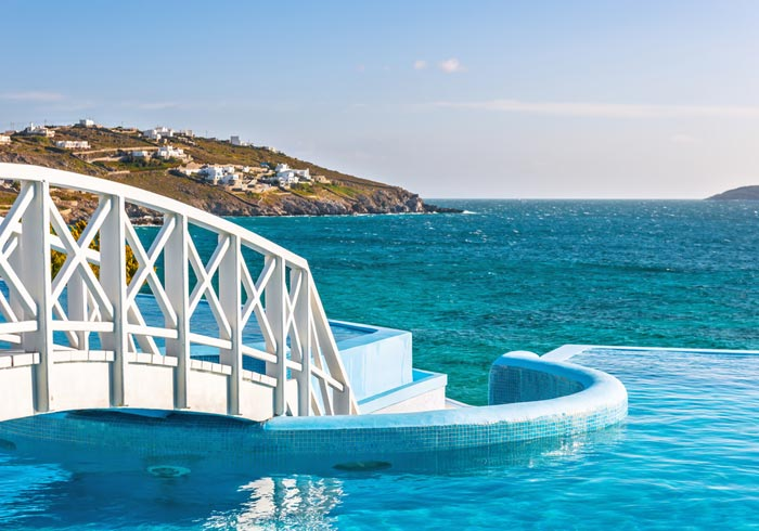 infinity pool – luxury Hotel, Mykonos Honeymoon packages, Travelive' s Aegean Romantic Escape
