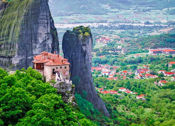 Monastery – Meteora tour from Athens with Travelive, Luxury travel agency