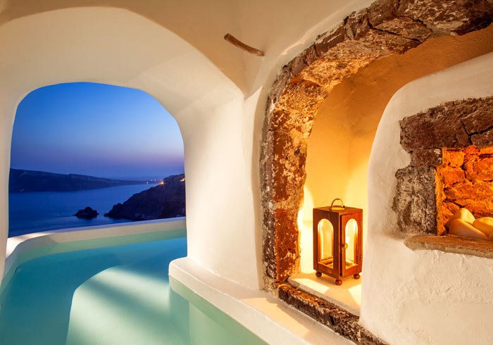 Luxury suite – private pool, Santorini Greece honeymoon packages by Travelive