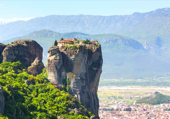 Monastery – Meteora cliffside, Greek mainland holiday destinations with Travelive, luxury travel agency