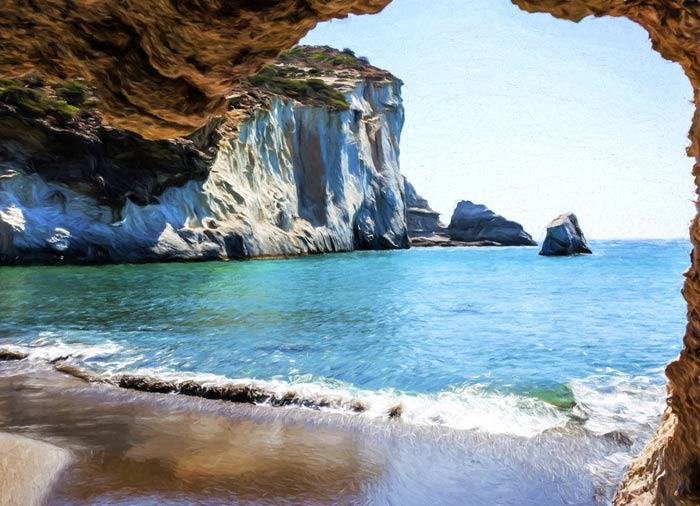 Gerontas Beach – tour milos island with Travelive, luxury travel agency, Milos honeymoon