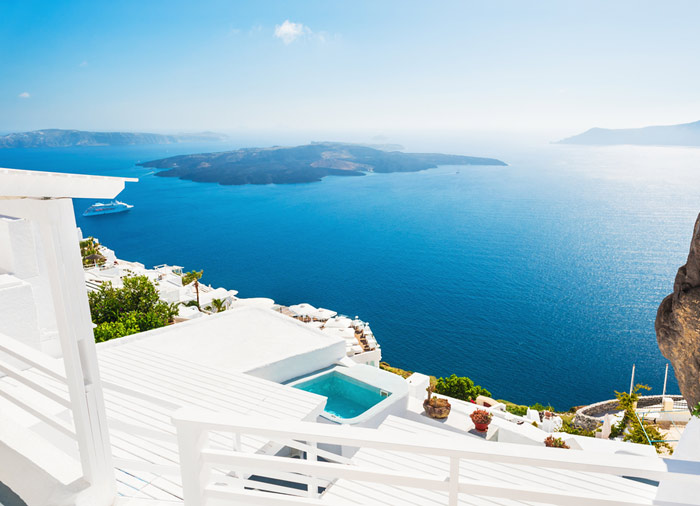 Sea View hotel – Santorini honeymoon packages by Travelive, luxury travel agency