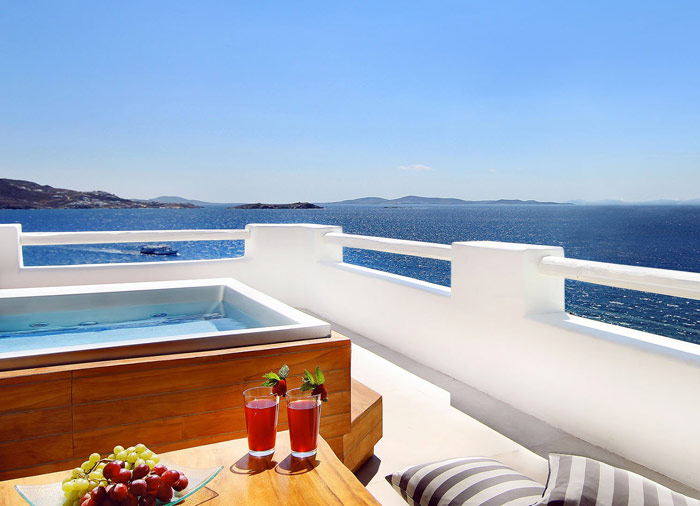 Cavo Tagoo – Mykonos Hotel, Sailing holidays Greece, Travelive