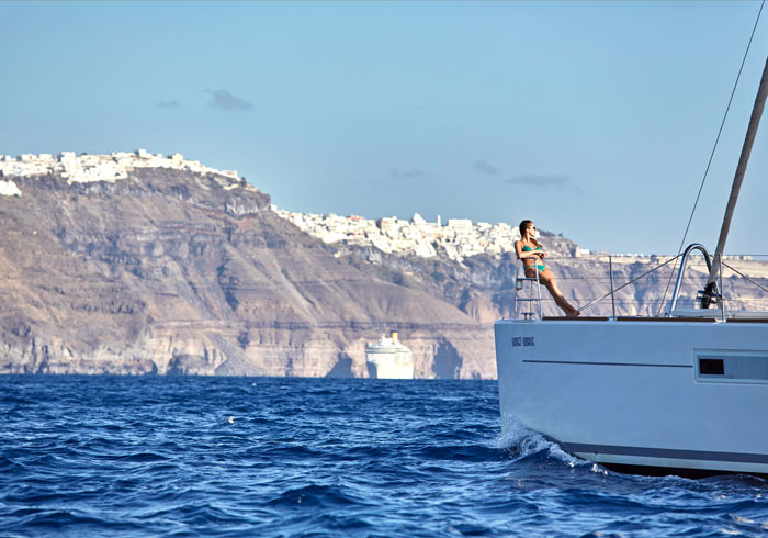 Catamaran cruise – Santorini Island, Greek Isles Cruise packages by Travelive