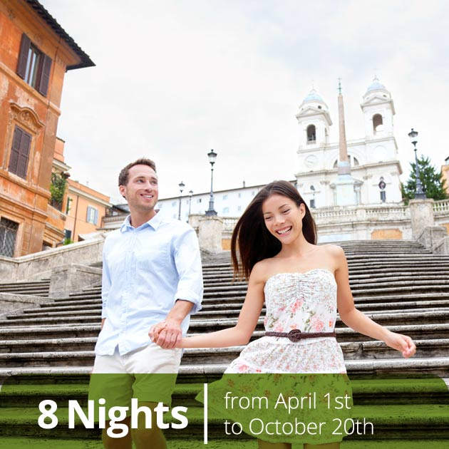 Couple at Spanish Steps in Rome - Rome Luxury Honeymoon Packages, Travelive