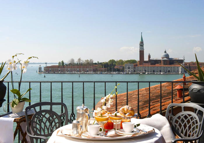 Hotel Metropole Breakfast – Venice Florence Rome Amalfi coast tours with Travelive, luxury travel
