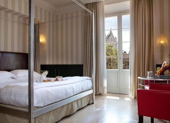 Luxury Hotel – Florence view, Florence to Amalfi Coast packages by Travelive, luxury travel agency