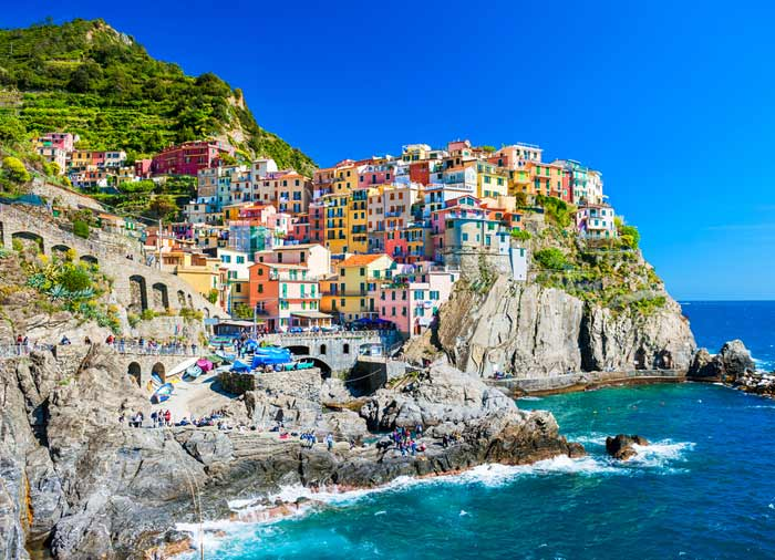 Manarola Cinque Terre, Italian Riviera vacation packages, Travelive luxury travel agency