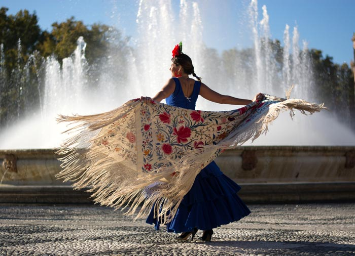 Flamenco Dancing – Seville honeymoon with Travelive, luxury travel agency