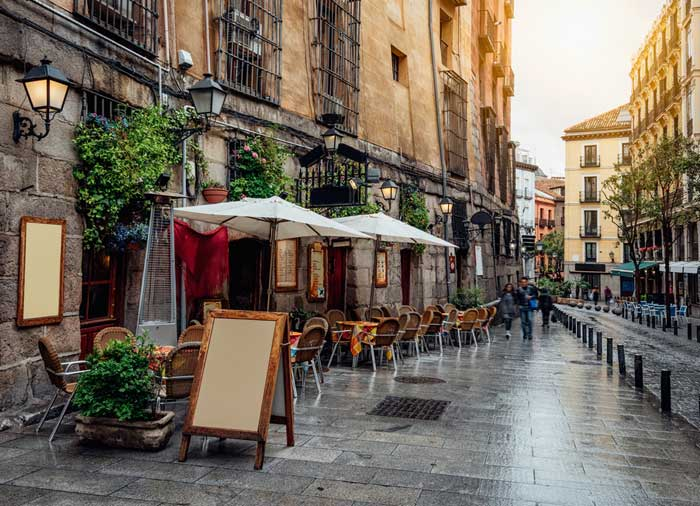 Old Street – Madrid Honeymoon tours with Travelive, Romantic Welcome escape