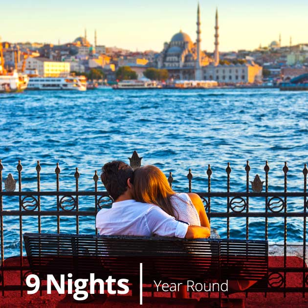 Couple in Istanbul - Turkey Honeymoon Packages, Travelive