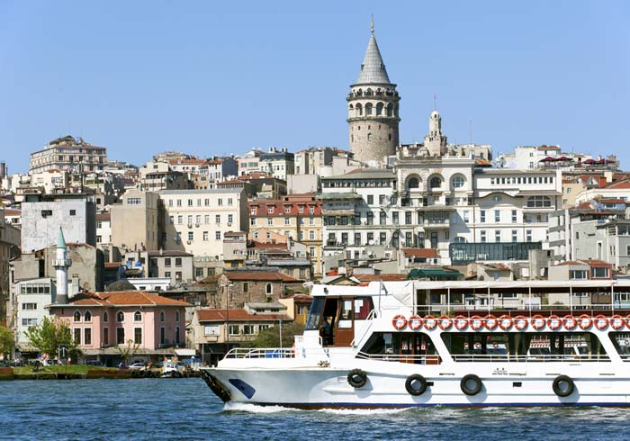 Bosphorus Cruise – Istanbul, Greece and Turkey honeymoon with Travelive, luxury travel agency