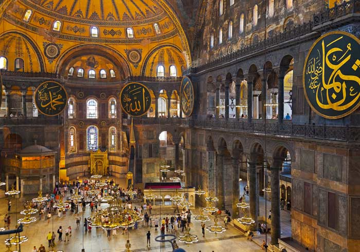 Hagia Sophia – Greece and Turkey honeymoon tours with Travelive, luxury travel agency
